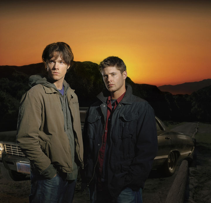 http://www.vidiot.com/Supernatural/images/Supernatural-Cast-2005-01.jpg